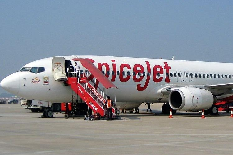SpiceJet is not paying 35% of salary due to loss and less funds based on work hours now